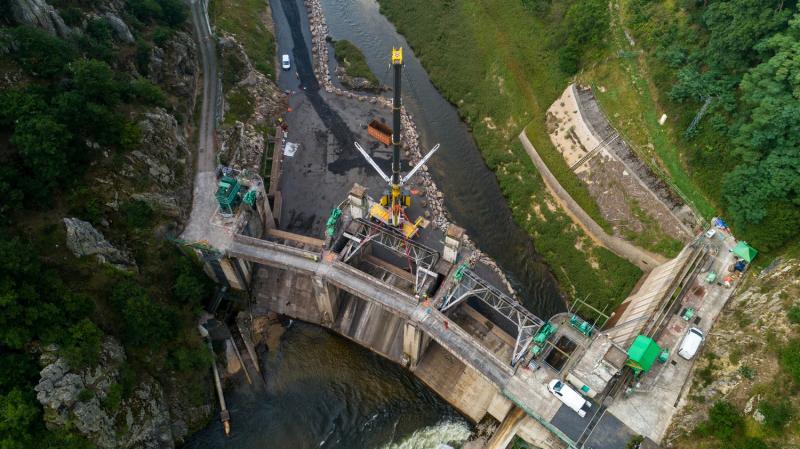 Travaux de démentellement du barrage de Poutes