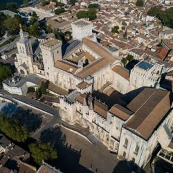 Opération #drone dans le #vaucluse à #avignon#drone #dji #provence #sudest #aura_focus_on #photo #video #france #covid19 #coronavirus