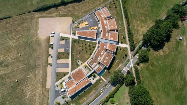 Lyon : École Maternelle de Grézieu-la-Varenne - Vidéo Lauréate Fibois 2019 dans l'agglomération du Grand Lyon