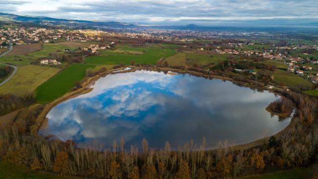 Montbrison : Étang de Vidrieux - Image aérienne de l'Étang de Vidrieux