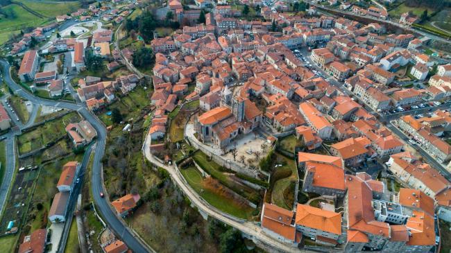 Saint-Étienne : Saint-Bonnet-le-Château - Prises de vues aériennes par drone